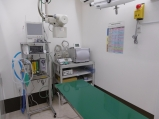 手術室兼レントゲン室